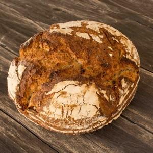 Pan rústico de trigo y centeno 1